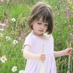 Iris Grace, la bambina che dipinge capolavori