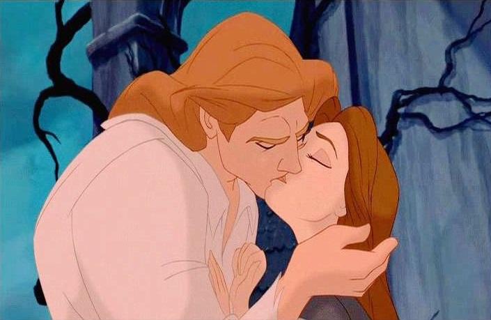 I 15 baci della Disney che hanno fatto la storia [VIDEO]