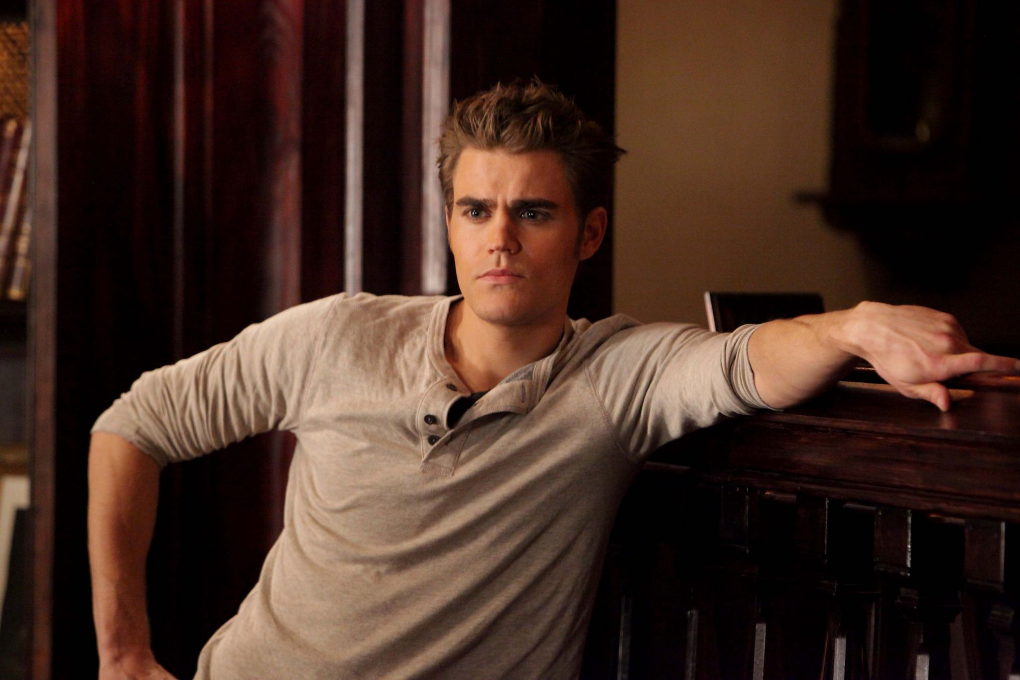 "Paul Wesley regista per una puntata di ""The Vampire Diaries 6"""