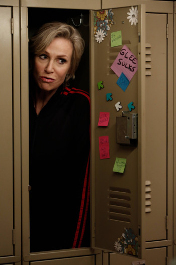 604glee_ep604-sc21_0091_f_hires2