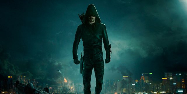Stephen Amell rivela che Arrow cambierà costume