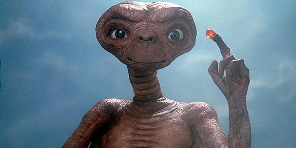 Svelata la trama del film che doveva essere il sequel di E.T l'extra-terrestre