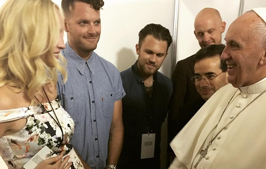 Candice Accola incontra Papa Francesco