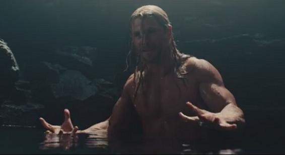 Avengers – Age of Ultron: la scena di nudo di Thor tagliata