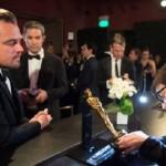 Leonardo DiCaprio a lezione di Oscar: quindi devo lucidarlo?