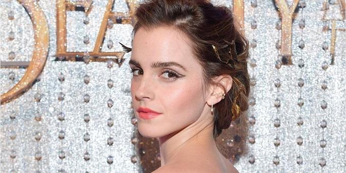 Emma Watson parla e reagisce agli scatti rubati