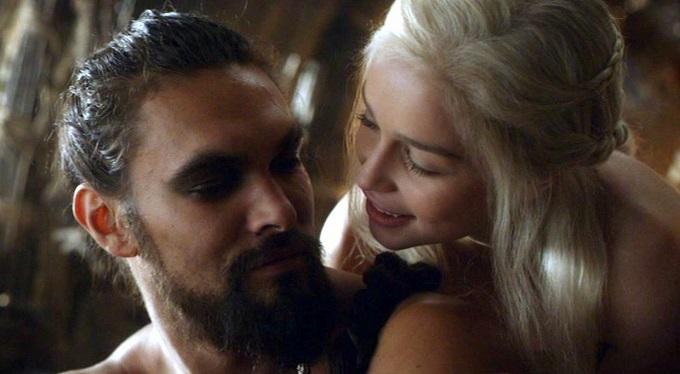 Game of Thrones: Emilia Clarke racconta il primo incontro con Jason Momoa